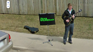 Musician advertises self on Street View