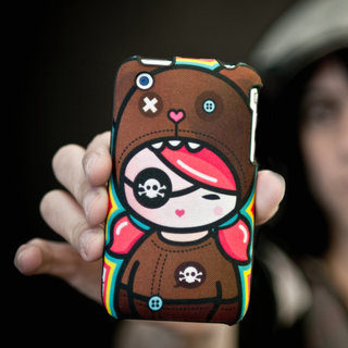 Speck offers Artsprojekt iPhone cases