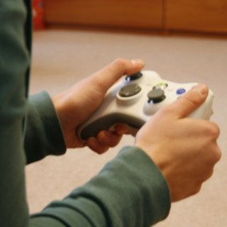 Police called on 14-year-old gamer