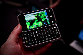 Motorola backflip hands-on
