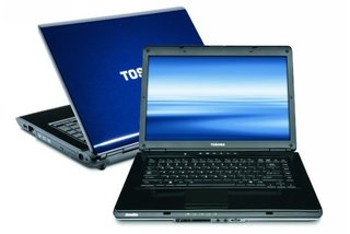 Toshiba gets lap-happy with eight new notebooks for 2010