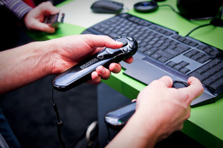Razer creates advanced Wii Remote for PC gaming
