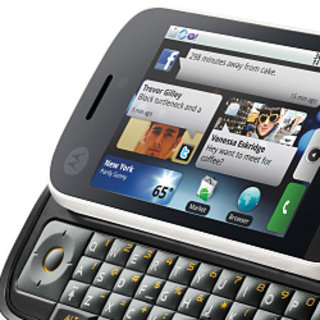 Motorola DEXT gets Bebo integration