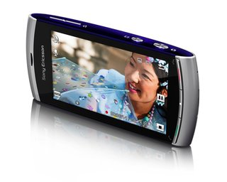 Sony Ericsson Vivaz becomes official, gets intro video