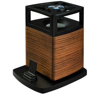 Pet Acoustics offers speaker specially for dogs, cats and horses