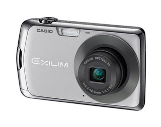Casio EX-S7 and EX-Z35 debut at PMA