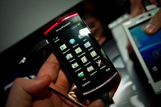 Sony Ericsson Vivaz up for pre-order
