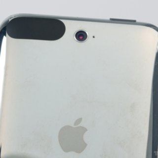 iPod touch to include 2-megapixel camera?