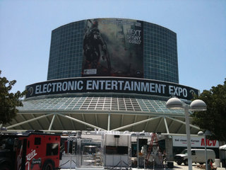 E3: Gamers hit start of show coverage