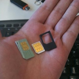 Orange to provide iPhone 4 SIM adaptor