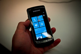 Windows Phone 7: Microsoft confirms launch partners
