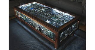 Component coffee table: Because geek is the new chic