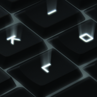 Shine-a-light, Logitech K800 arrives