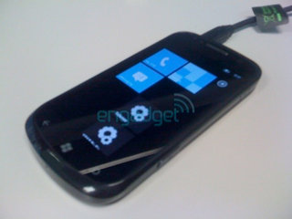 Samsung Cetus i917 Windows Phone 7 smartphone caught on camera