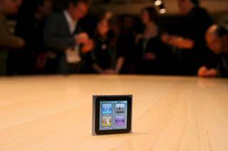 Apple iPod nano hands-on