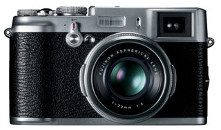 Fujifilm FinePix X100: Fuji goes old school