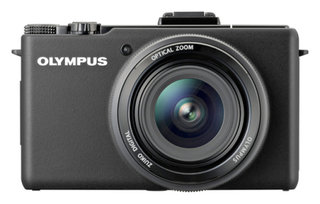 Olympus creates professional point and shoot camera