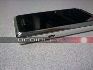 Motorola Droid 2 global edition snapped