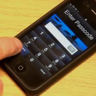 VIDEO: Smartphone hacking made easy