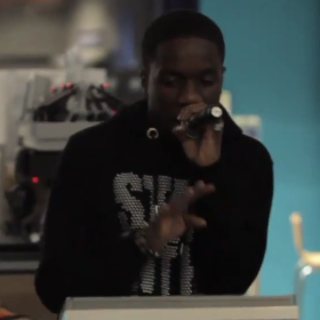 VIDEO: Tinchy Stryder iPad jam session