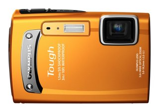 Olympus TG-610 and TG-310 cameras keep things tough