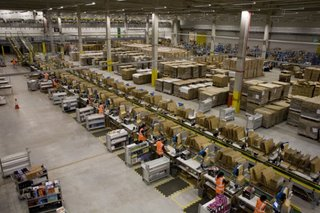Amazon details Christmas shopping figures