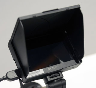 Sony Alpha CLM-V55 movie monitor hands on