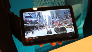 CES 2011 news catchup: Motorola Xoom and LG Optimus Black