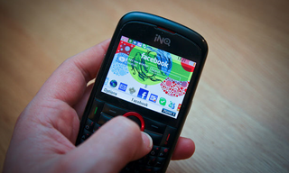 INQ Cloud Touch looks like being the next Facebook phone