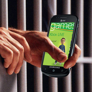 Microsoft endorses Windows Phone 7 jailbreak attempt