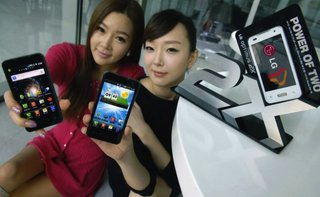 LG Optimus 2X goes white