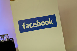 Facebook to launch third-party comments system