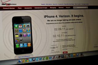 Verizon sells out of iPhone 4s