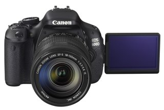 Canon EOS 600D takes up flagship DSLR mantle