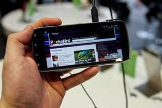 Acer Iconia Smart hands-on