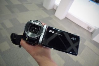 JVC GZ-HM960 hands-on