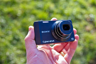 Sony Cyber-shot DSC-WX10 hands-on