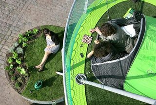 Vertical urban camping - ideal for iPhone 5 queues
