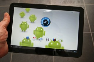 Android boss confirms Honeycomb features on phones, slams dissenters