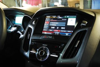 ford sync with myford touch hands on image 2