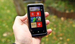 Windows Phone 7 mango update Bings in new features