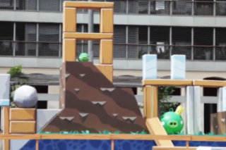 VIDEO: Real world Angry Birds