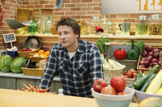 Jamie Oliver's food revolution continues in Restaurant City Facebook game