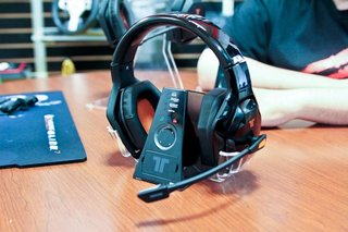 Mad Catz Tritton Warhead: Ultimate Xbox 360 headphones for barking and taking orders