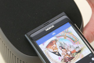 Nokia N9 NFC: Party time as well as payments