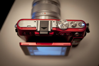 Olympus Pen Lite (E-PL3) hands-on