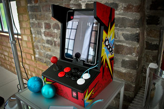 ion iCade iPad arcade cabinet hands-on