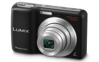Panasonic powers up the Lumix DMC-LS5 with AA batteries