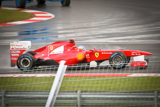 Sky to broadcast Formula 1 live from 2012