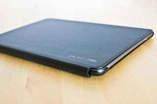 Samsung Galaxy Tab 10.1 Book Cover hands-on
